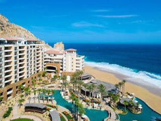 Beautiful one bedroom condo downtown Cabo on  a private beach at grand solmar la