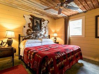 The Lone Star B&B | Fredericksburg Vacation Rental