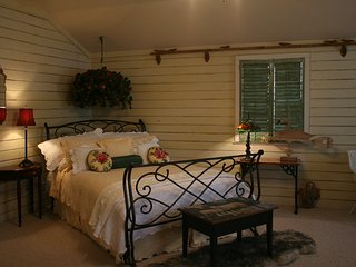 M's Little House | Fredericksburg Vacation Rental