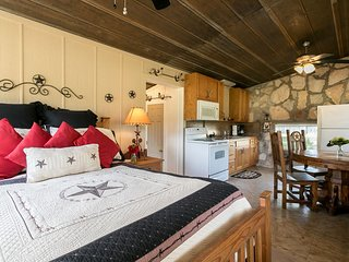 Enchanted Inn | Fredericksburg Vacation Rental