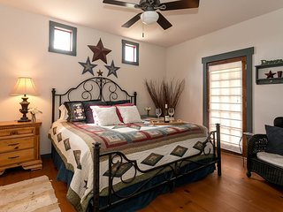 Rancho Romantica   Fredericksburg Vacation Rental