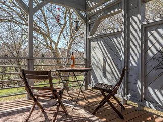 Cyclismo 3 | Fredericksburg Vacation Rental