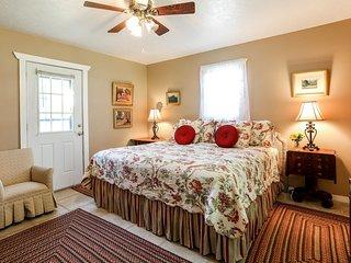 Orange Street Cottage | Fredericksburg Vacation Rental