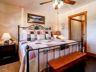 Deer Ridge Cottage | Fredericksburg Vacation Rental