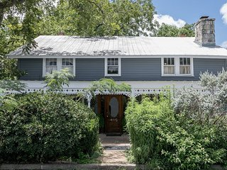 Gillespie House: West Suite | Fredericksburg Vacation Rental