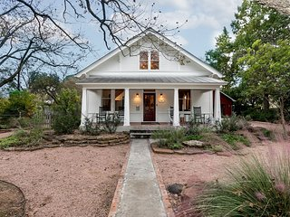 Bella Regalo | Fredericksburg Vacation Rental