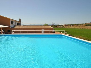 Finca in Casa Blanca - 2 Independent Constructions - Private Pool. Clear views.