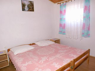 One bedroom apartment Metajna, Pag (A-4133-b)