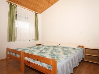 One bedroom apartment Metajna, Pag (A-4133-e)