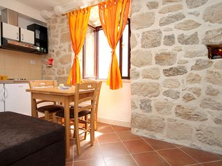 Cavtat Apartment Sleeps 3 with Air Con - 5469085
