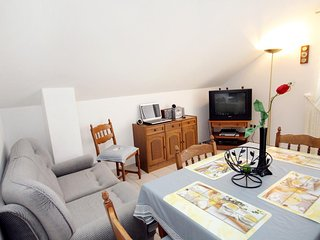 Two bedroom apartment Zavalatica, Korcula (A-9280-b)