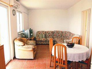 Two bedroom apartment Brgujac, Vis (A-8919-b)