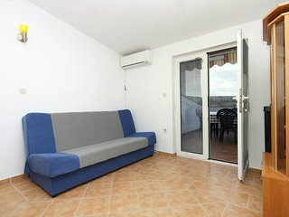 Two bedroom apartment Kustići, Pag (A-6376-f)