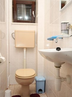 Toilet 2, Surface: 2 m²