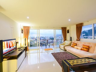 Patong Oceanview/Poolview 2bedrooms, 2 Balconies