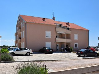 Three bedroom apartment Vodice (A-10022-a)