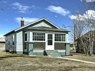 NEW! Remodeled Rural Utah Home on 1 Acre Near Mtns