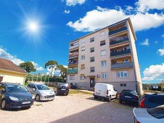 Apartment 16287