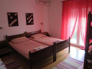 Room Starigrad, Paklenica (S-11452-g)