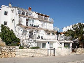 Three bedroom apartment Seget Vranjica, Trogir (A-11561-b)