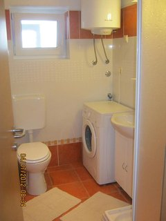Bathroom 2, Surface: 6 m²