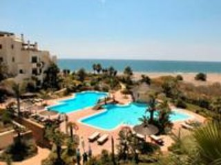 Lovely Apartment close to beach with sea view- Bahia del Velerin