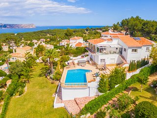 Villa Esbarzer with stunning sea views in Javea, 6 bedrooms, 4 bathrooms, AC