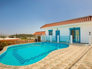 Kolympia Apartment Sleeps 5 with Pool Air Con and Free WiFi - 5630314