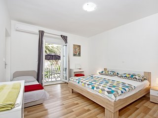 Makarska centre - wonderful new apartment