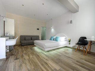OASIS HOTEL - JUNIOR ROOM