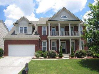 Beautiful and Cozy 5 bedroom home near Atlanta
