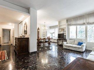 Borghi Mamo - The Place Apartments - ampio ed elegante appartamento nel verde