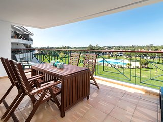Modern Family Apartment in Vila Sol Resort, Quarteira, Algarve