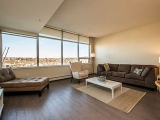 Enormous 2 Bedroom Suite at King's Wharf