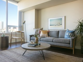 Modern 1BR in Downtown San Diego by Sonder