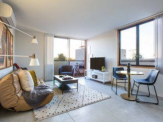 Bold 1BR in North Park by Sonder