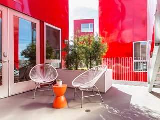 Colorful 2BR in Hillcrest by Sonder