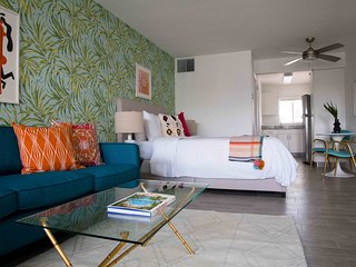 Colorful Studio in Wilton Manors by Sonder