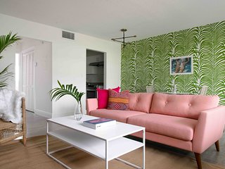 Colorful 1BR in Wilton Manors by Sonder