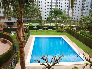 ApartUP Francia Terrace Views. Pool + PKG + AACC + WiFi