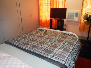 Spacious Private Bedroom in Olongapo City Center!