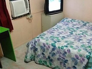 Airconditoned Private Bedroom in City Center Olongapo!