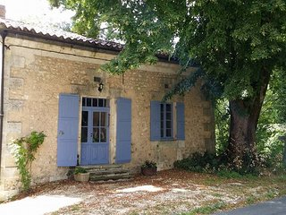 Relax at La Petite Maison Gite in the Dordogne