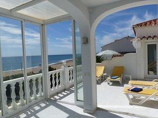 Beach Villa in La Cala de Mijas