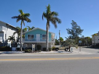 Anna Maria Island (blue) Cast Away Rental