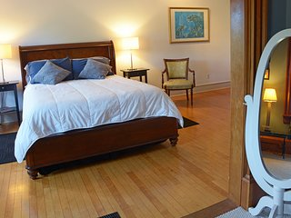 The Gallery Inn-A loft style accommodation near the waterfront in Kingston NY