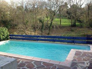 Haize HEgoa 13 - avec piscine quartier calme