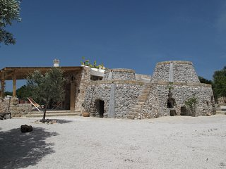 Le Rote, traditional old stone villas, 2km away  from the white sandy beaches