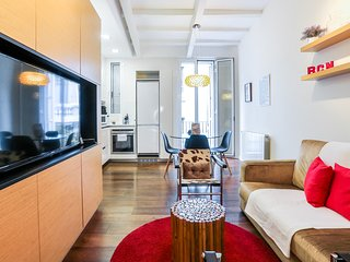 Stylish 2 Bed in the heart of Gràcia