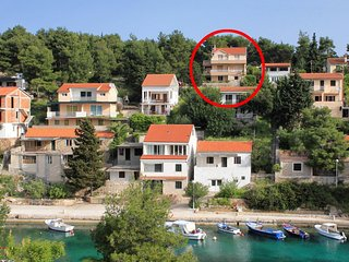 Two bedroom apartment Basina, Hvar (A-12420-a)